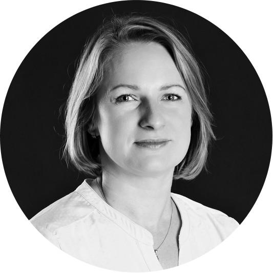Alena Šlaisová - referent obchodu La Almara