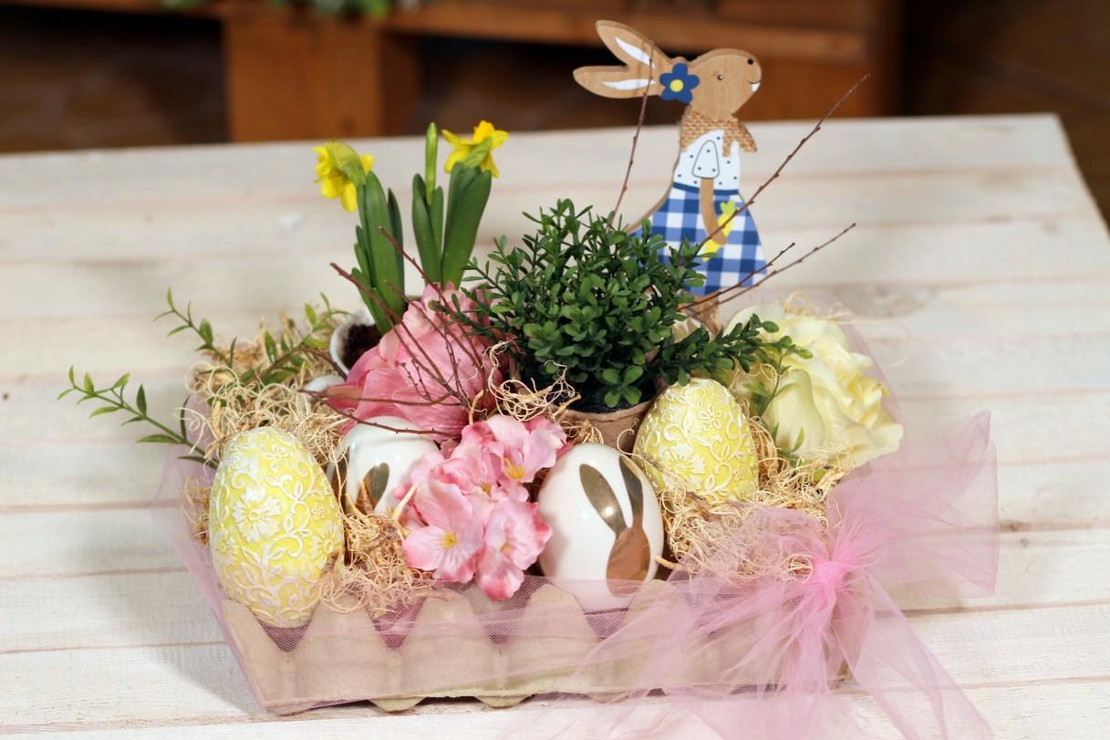 Velikonoční dekorace na stůl. Vyrobte ji s námi z obyčejného plata od vajec!