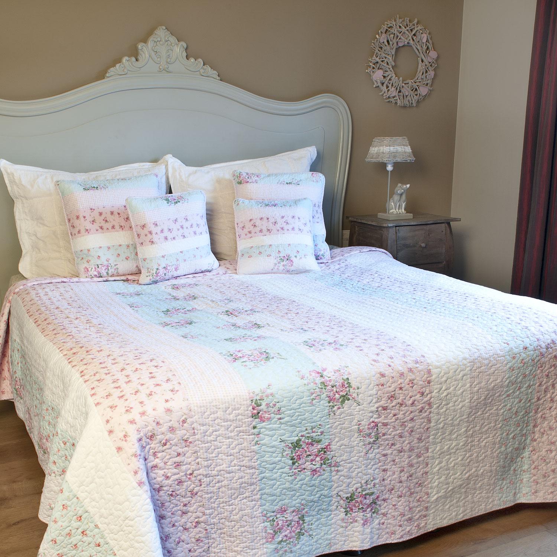 9d9b674d923 Přehoz na postel 180 x 260 cm